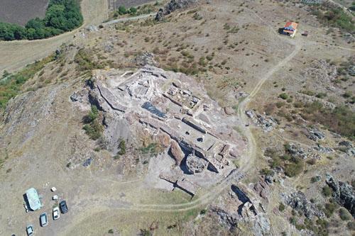 Земетресение разрушило водохранилището на крепостта Русокастро?